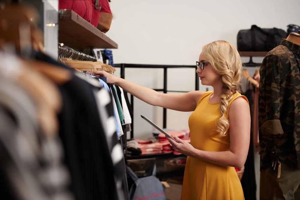 Retail-Store-Employee